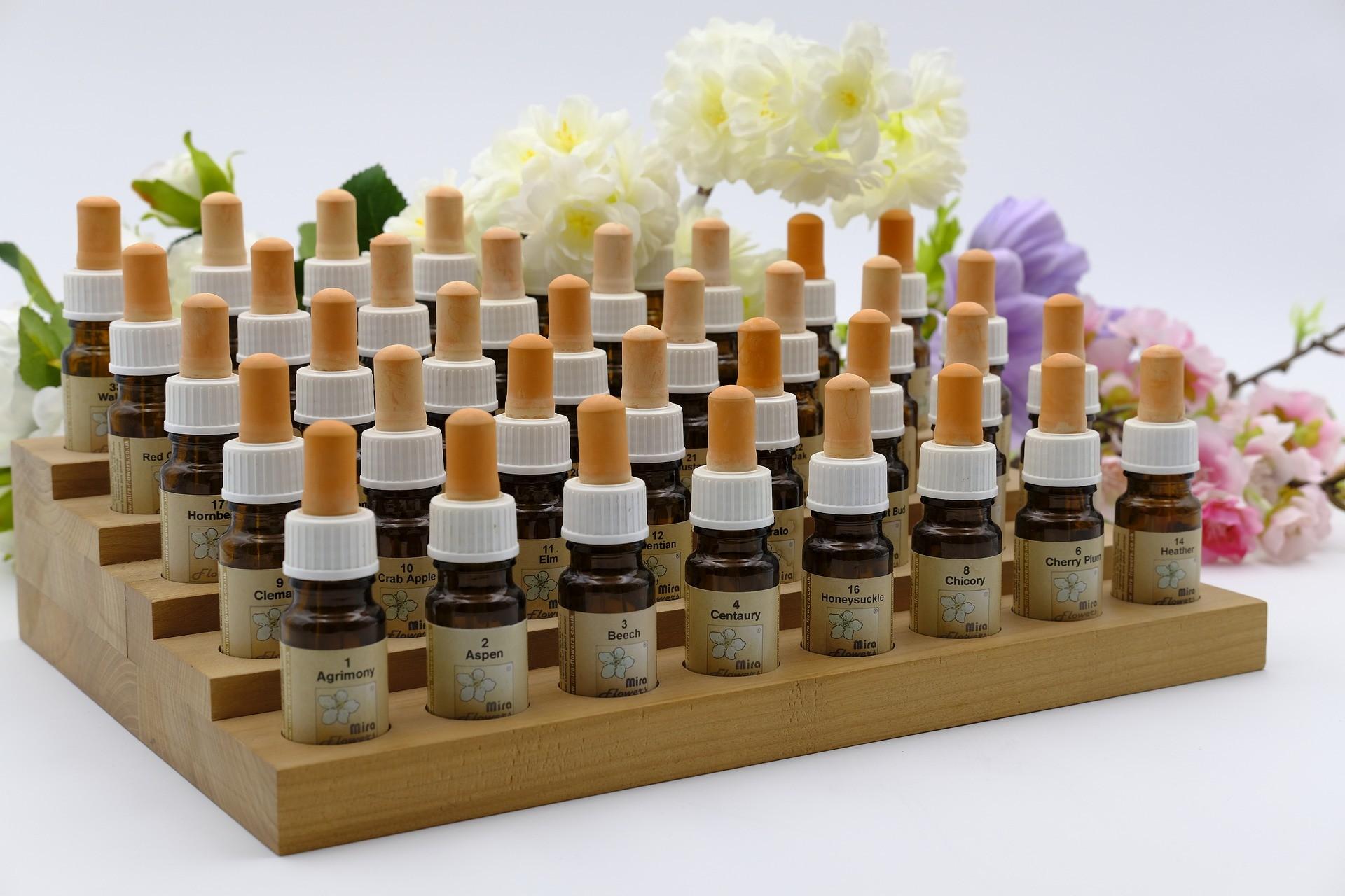 Fläschchen mit Bach-Blüten